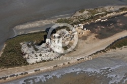 Photo aerienne ruine Salin de Giraud